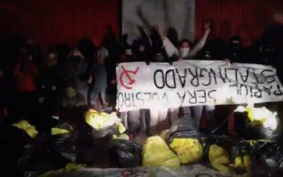 GDR: Las brigadas antiseparatistas que limpian las calles catalanas