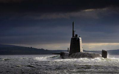 Siria, la flota rusa va a la caza de un submarino británico