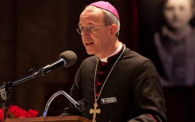 """Mons. Schneider: """"La inmigración masiva responde a un plan para borrar la identidad cristiana de Europa"""""""
